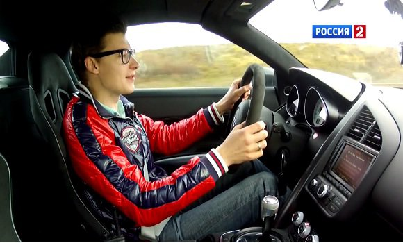 Audi R8 Spyder 5.2 FSI 2012 — АвтоВести