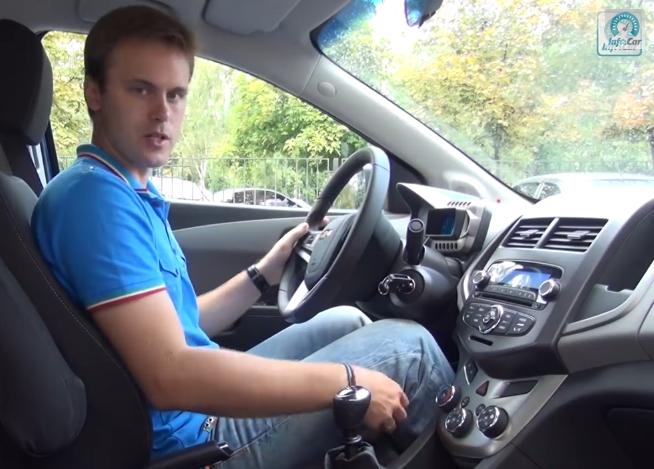 Chevrolet Aveo LTZ 2012 — InfoCar