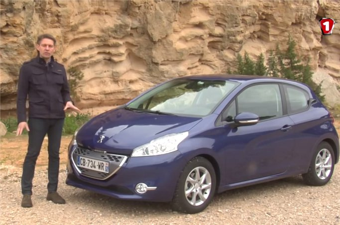 Peugeot 208 2012 — Первый тест