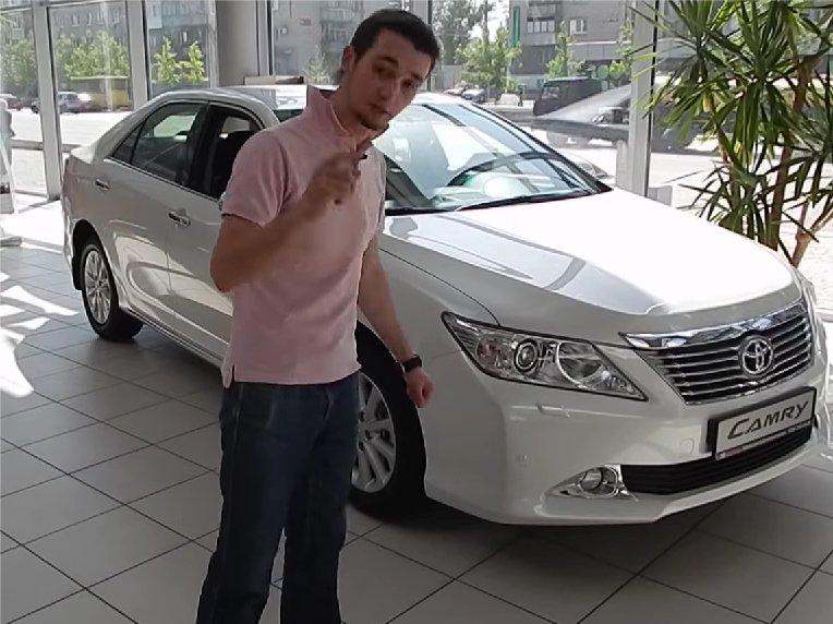 Toyota Camry 2014 — Коляныч