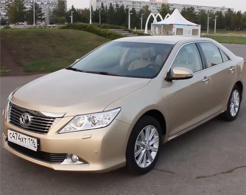 Toyota Camry 2013 — MegaRetr