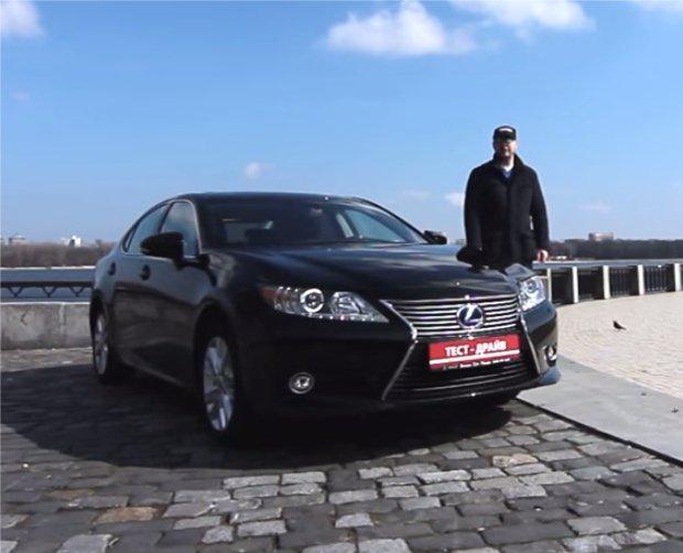 Lexus ES 300h 2013 — Две Лошадиные Силы