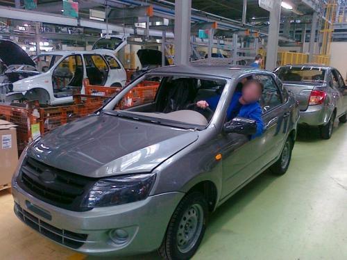 Лада теряет статус наиболее ходового автомобиля в России