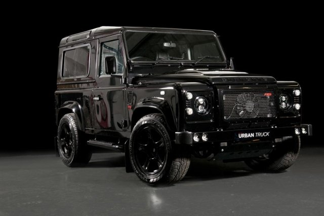 Urban Truck объявляет о выпуске Land Rover Defender Ultimate RS с 500-сильным двигателем