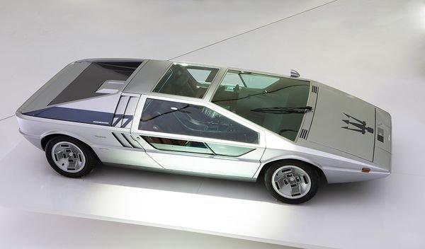 Maserati Boomerang —самый иррациональный итальянский концепт