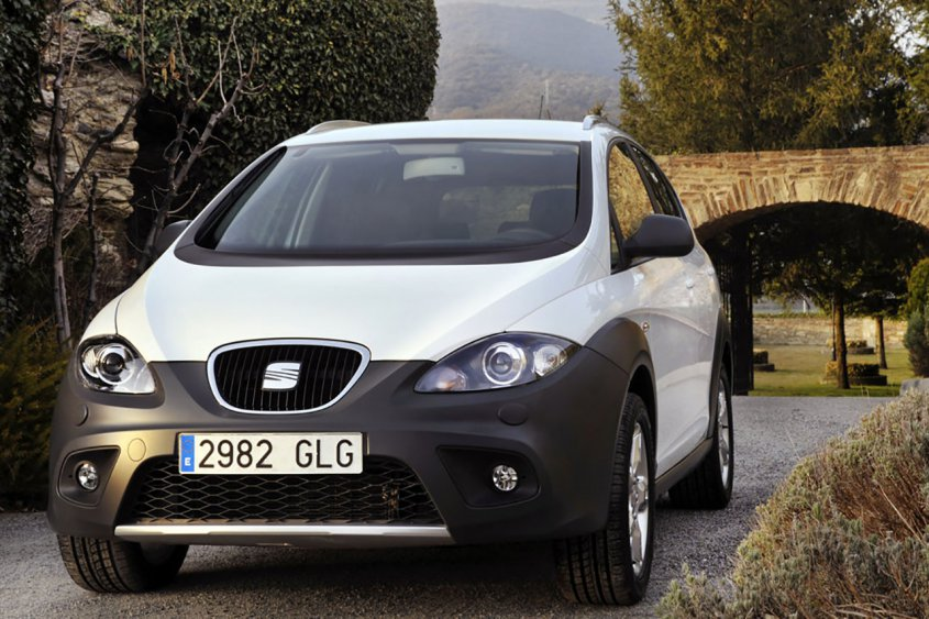Seat Altea Freetrack спереди