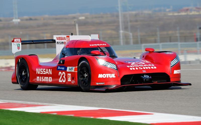 Nissan представила GT-R LM NISMO, болид с переднеприводной компоновкой
