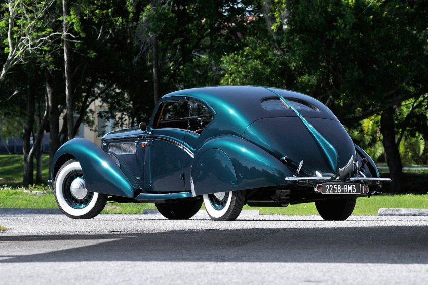 Delage D8 120 Aerodynamic Coupe 1937-38 сзади