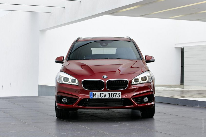 BMW 2-Series Gran Tourer спереди