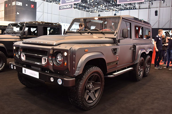 Kahn Flying Huntsman