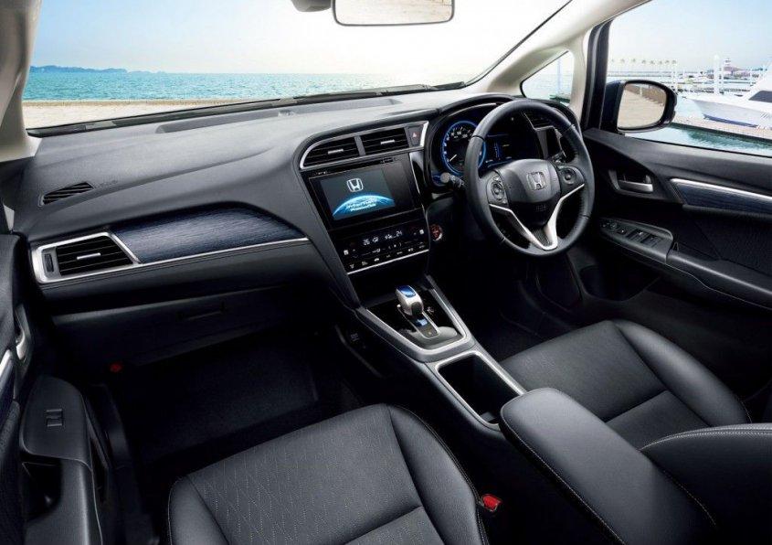 honda-shuttle-interior