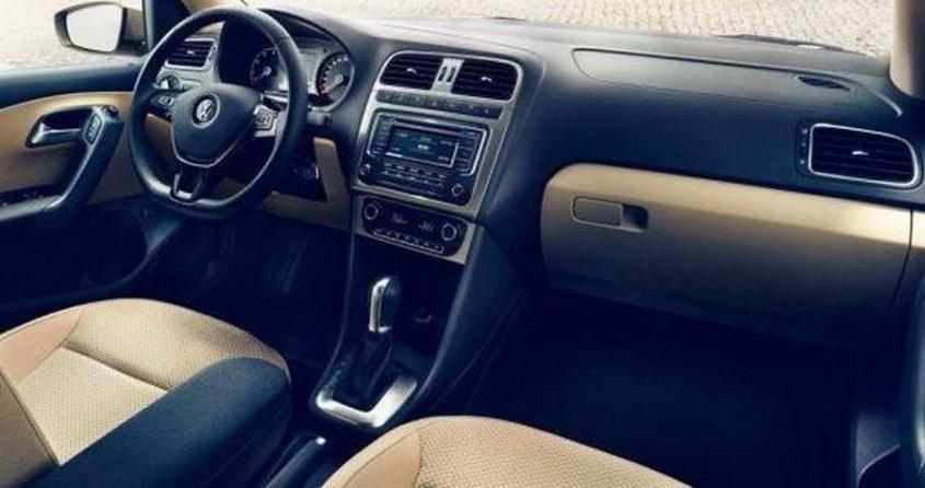 volkswagen-polo-sedan-facelift_interior