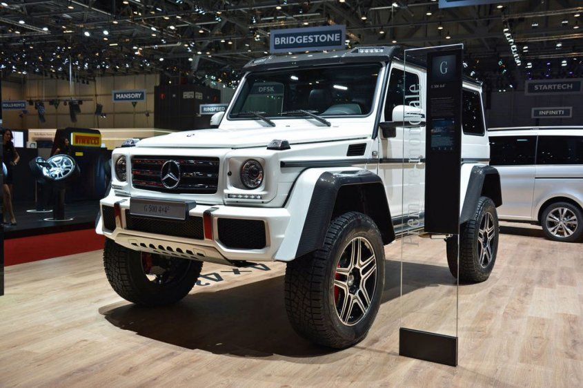 mercedes-g500-4x4-concept-front-angle