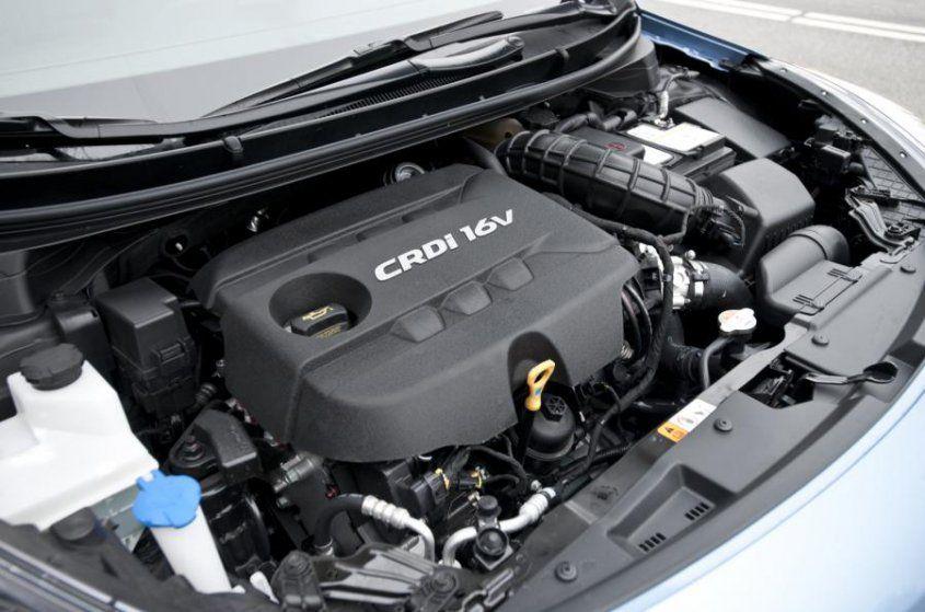 hyundai-i30-tourer-crdi-engine