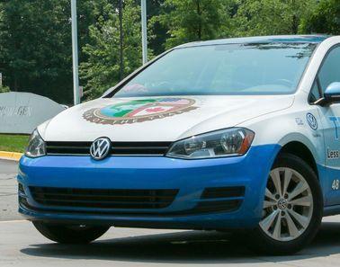 VW Golf пересекает 48 штатов США с топливом менее чем за 300$