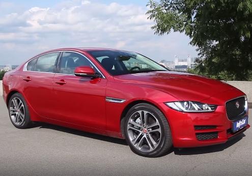 2015 Jaguar XE 2.0i // InfoCar