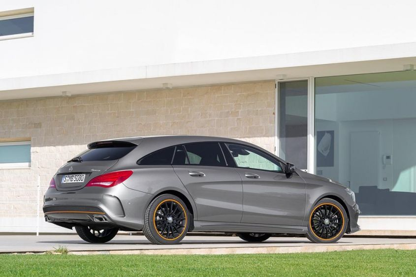 Mercedes-Benz CLA-Class Shooting Brake сзади