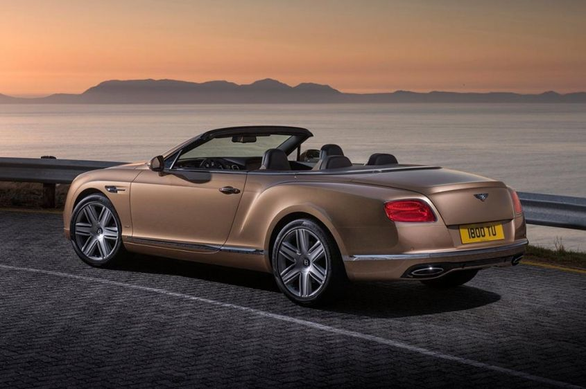 Bentley Continental GTC сзади