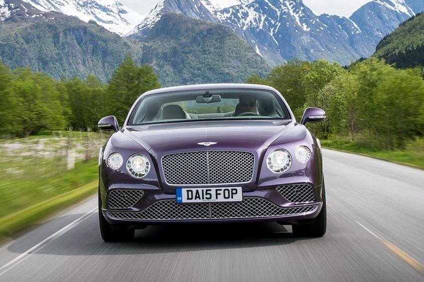 Bentley Continental GT спереди