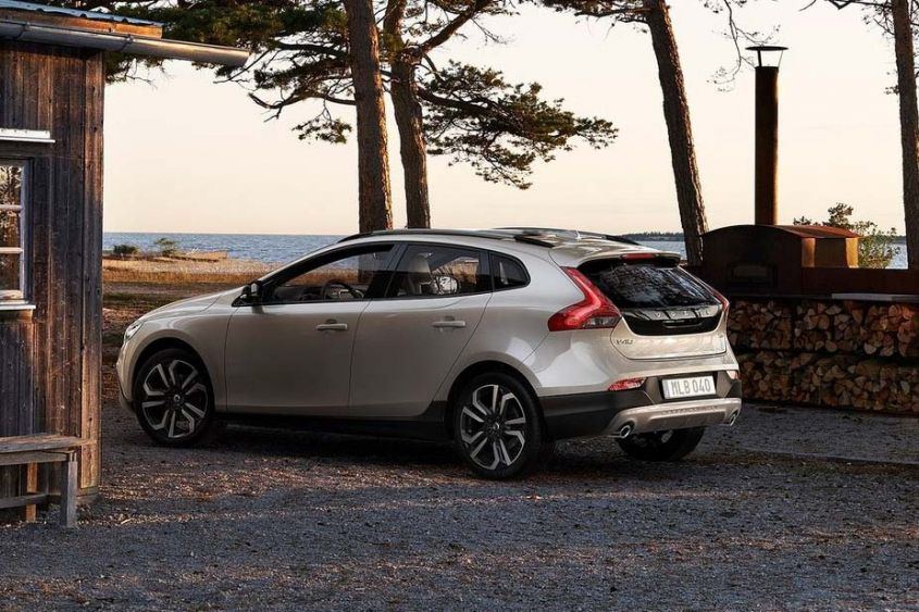 Volvo V40 Cross Country экстерьер