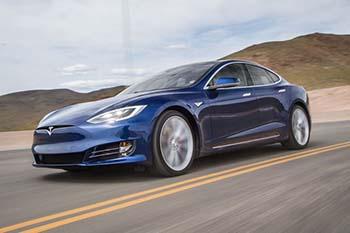 Tesla S 2016 *