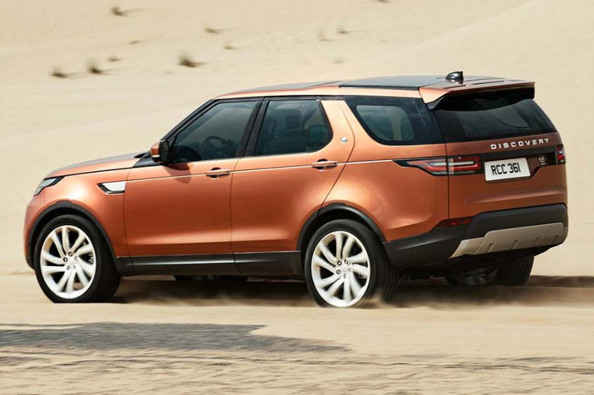 Land Rover Discovery 2017 сбоку