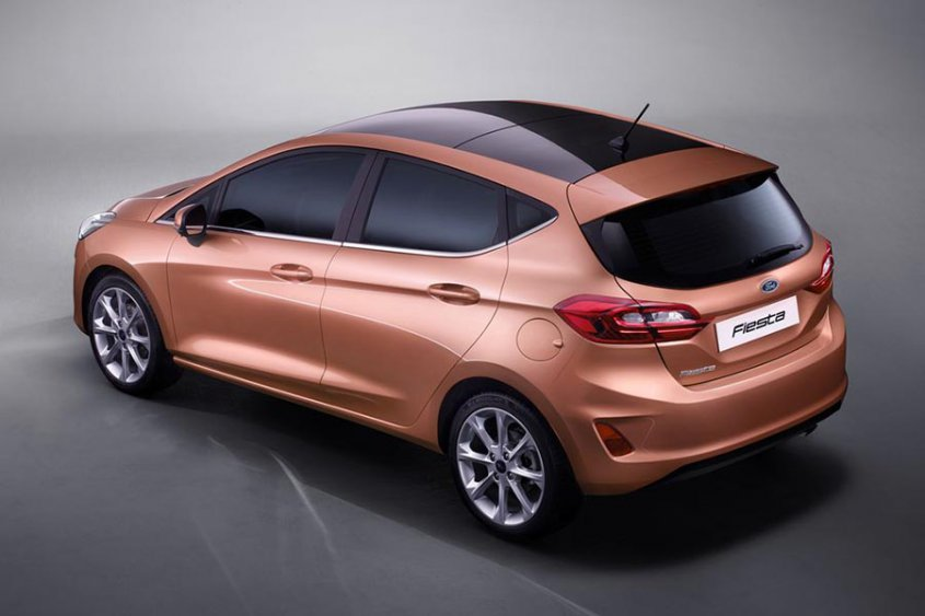 Ford Fiesta 5-door 2017 сверху