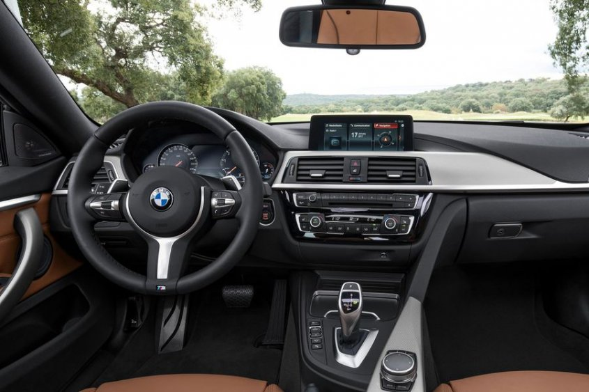 BMW 4 Series Grand Coupe 2017 салон