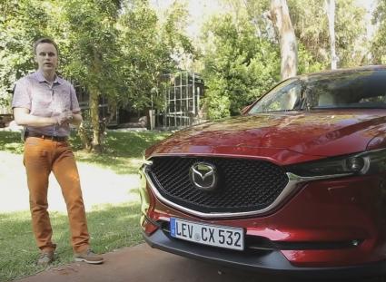 2017 Mazda CX-5 // InfoCar