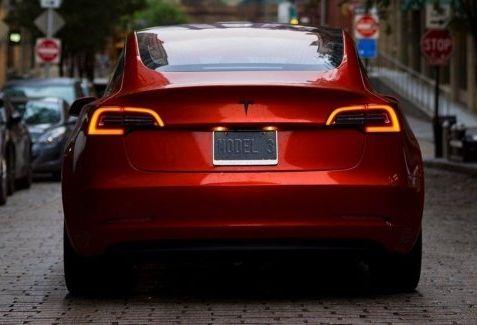 Tesla начинает «моментальную доставку» Model 3