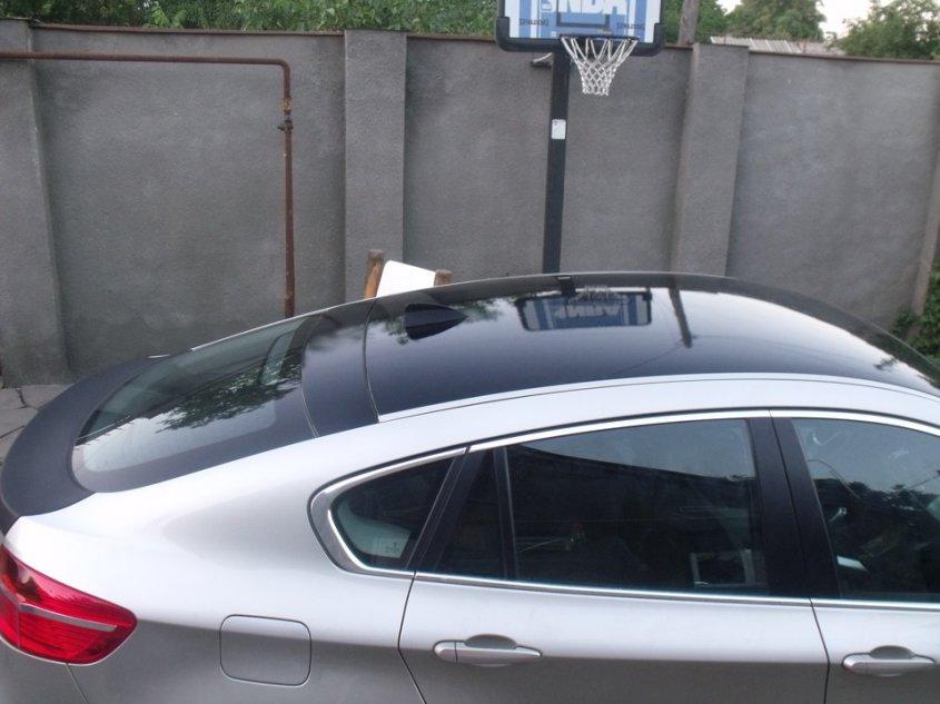 Плюсы и минусы машин с панорамной крышей