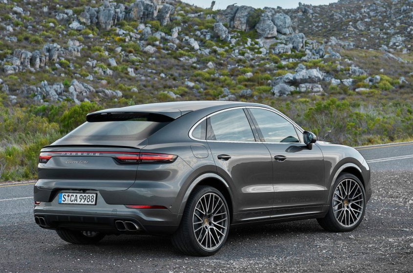 Porsche Cayenne Turbo Coupe 2019 боком