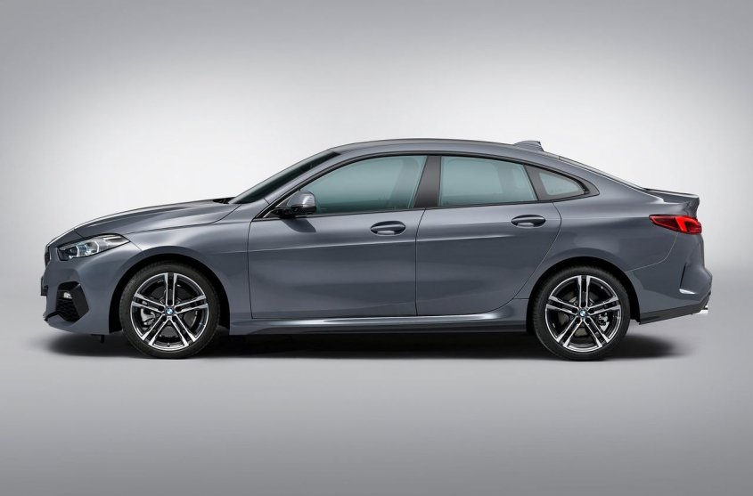 BMW 2 series Gran Coupe 2019 сбоку