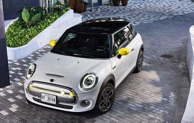 Электрический Mini Cooper SE 2020 за $23 000?
