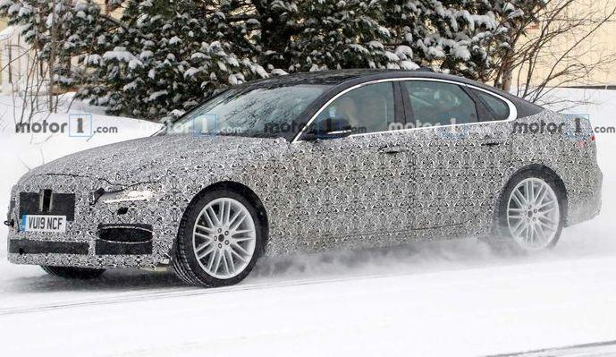Jaguar XF 2020: обновленный фасад и новые технологии