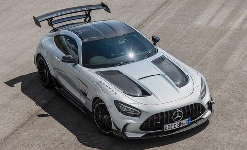 Самый мощный V8 от Mercedes AMG